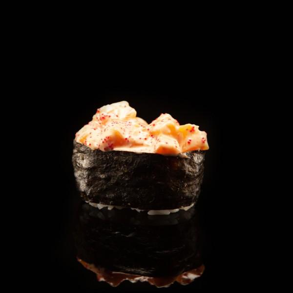 Спайсі гункан лосось